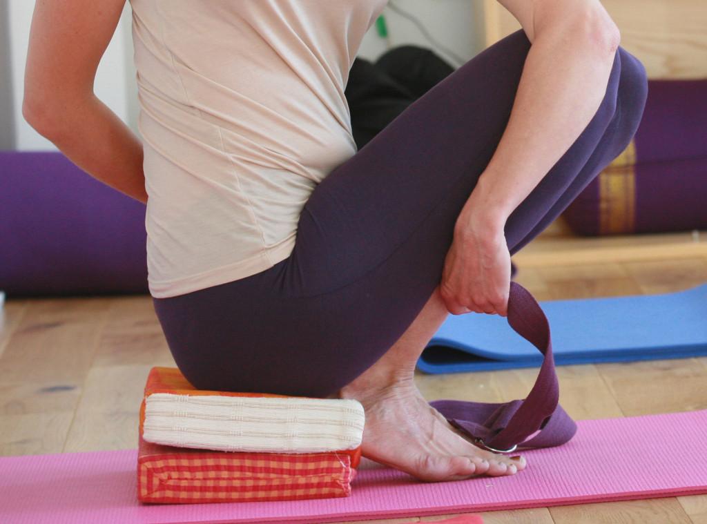 Blocks and belts Barbara's Yoga Sandhurst, Yoga in Mind in Sandhurst
